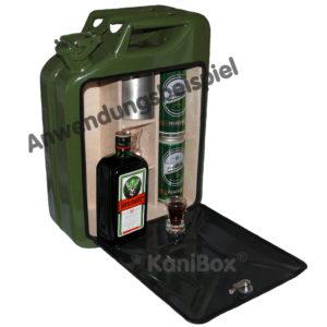 grüne Kanister-Bar für Jägermeister