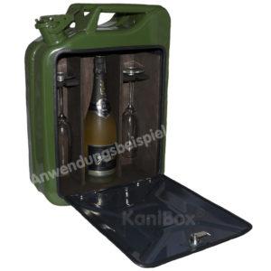 rustikale Wein und Sekt-Bar in oliv-grün